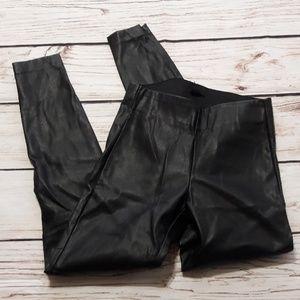 H&M Sz 4 High Waist Faux Leather Legging Pant (•
